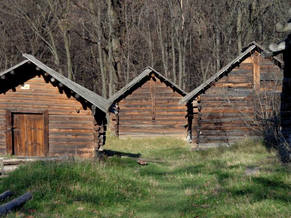 Ventana madera segunda mano amazing puertas y ventanas de for Vendo casa de madera de segunda mano
